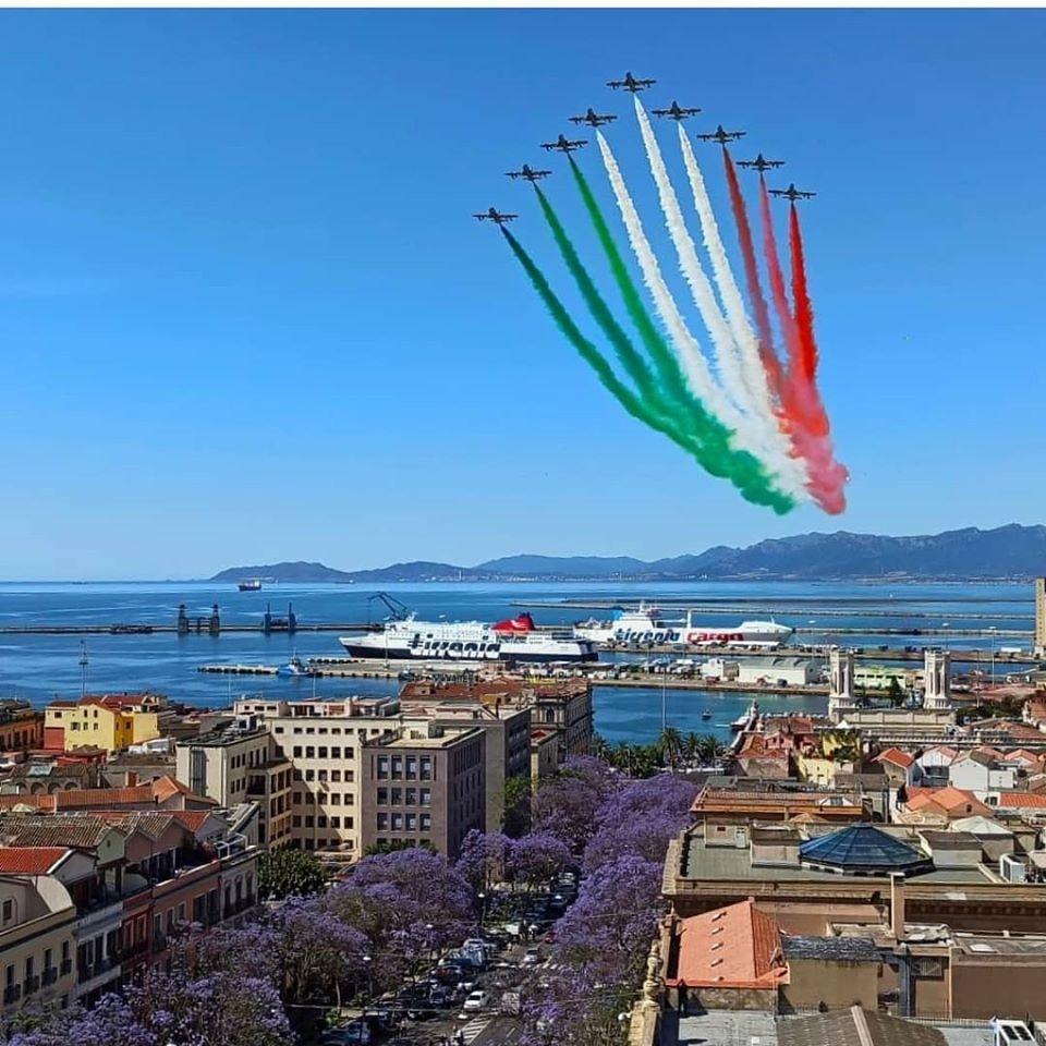 Cagliari, 27 maggio 2020 – Le frecce tricolori a Cagliari
