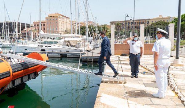 Cagliari, 19 Giugno 2020 - Il Presidente del Consiglio regionale Michele PAIS visita la Direzione Marittima di Cagliari.