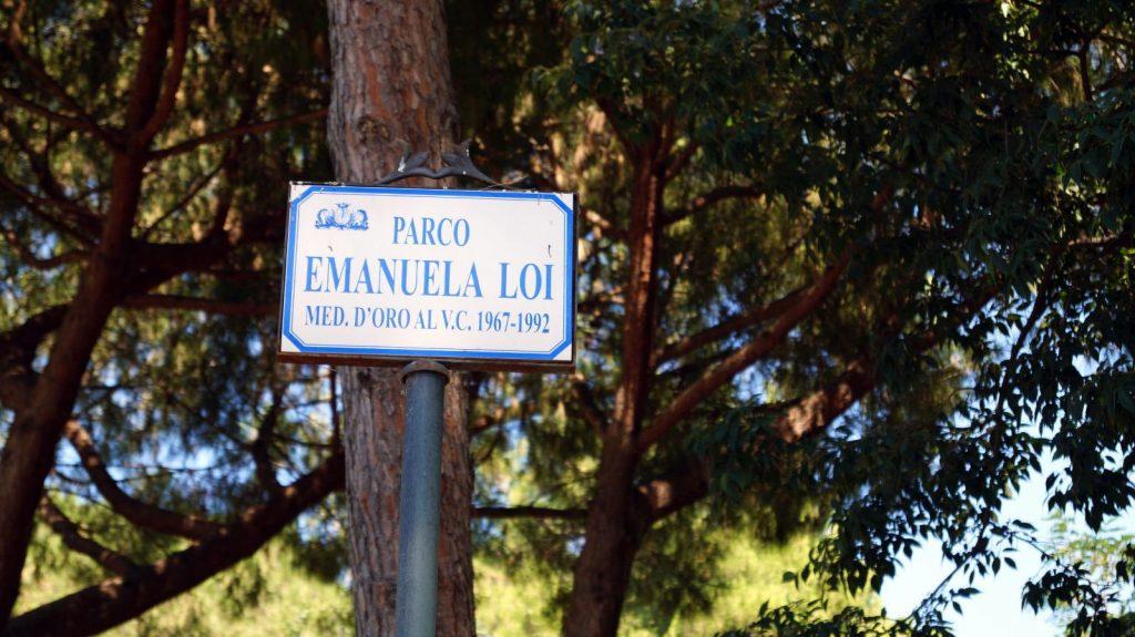 Sassari, 19 luglio 2020 – Via D'Amelio: il Presidente Pais consegna a Sassari un'agenda rossa, simbolo di legalità.